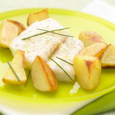 Bacalao con patatas crujientes