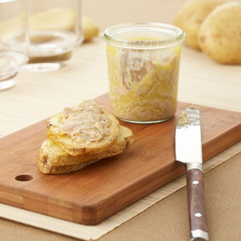 Canape de patatas con foie