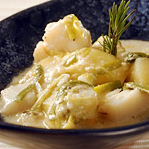 Patatas con bacalao en blanco