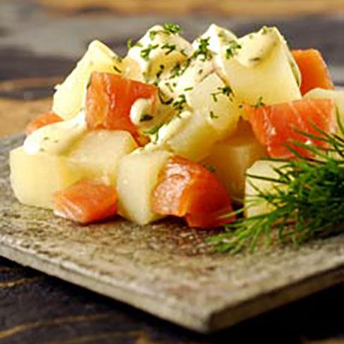 Patatas al eneldo con salmón